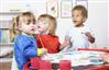 بازی و اسباببازیهای مناسب برای کودکان ۲ ساله